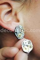 Idée cadeau original Decodeclic: des boucles d'oreille réalisées à partir de mécanismes de montre