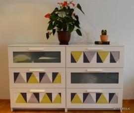 Customisez votre commode ikea à l'aide de tapisserie moderne et design
