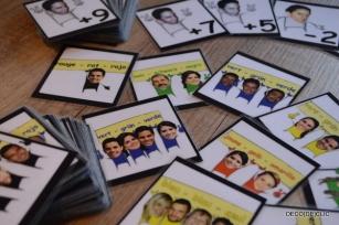 Choisissez le jeu de société (de cartes) de votre choix et personnalisez-le à l'aide de photos