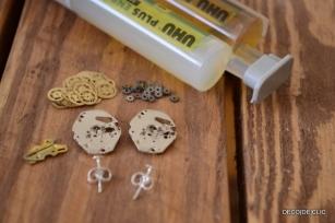 Activité créative: comment créer ses propres bijoux à partir de mécanisme de montre?
