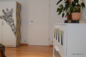 Comment customiser vos meubles ikea à l'aide de tapisserie et de marqueur