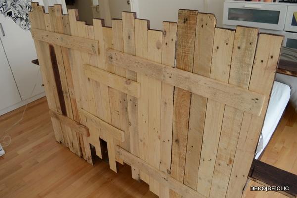 Comment faire un meuble en palette fabriquer un bureau avec des palettes avec chambre fabriquer - Construire des meubles avec des palettes ...