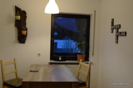 Une écorce d'arbre en guise d'étagère pour votre mur